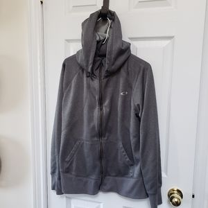 Size large Oakley sweater. Can fit a medium also.